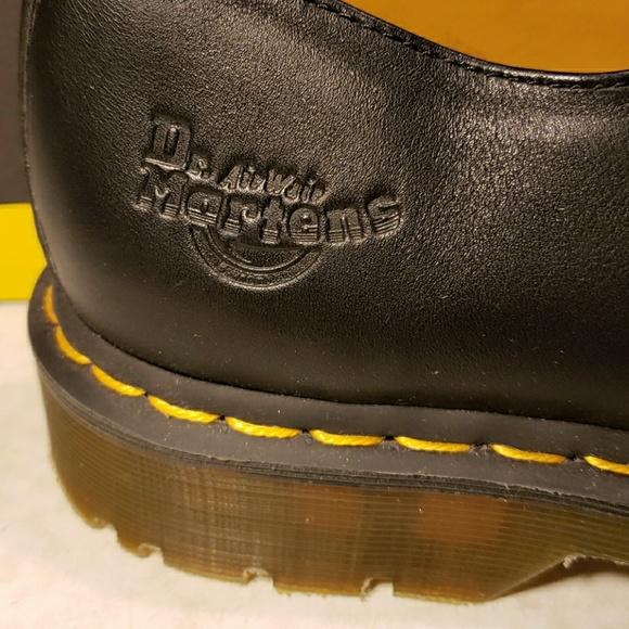 29698c2a4de Men's Dr.Martens shoes. New. M US size13